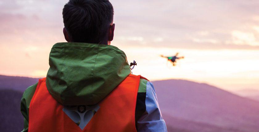 jaki dron do filmowania ślubów